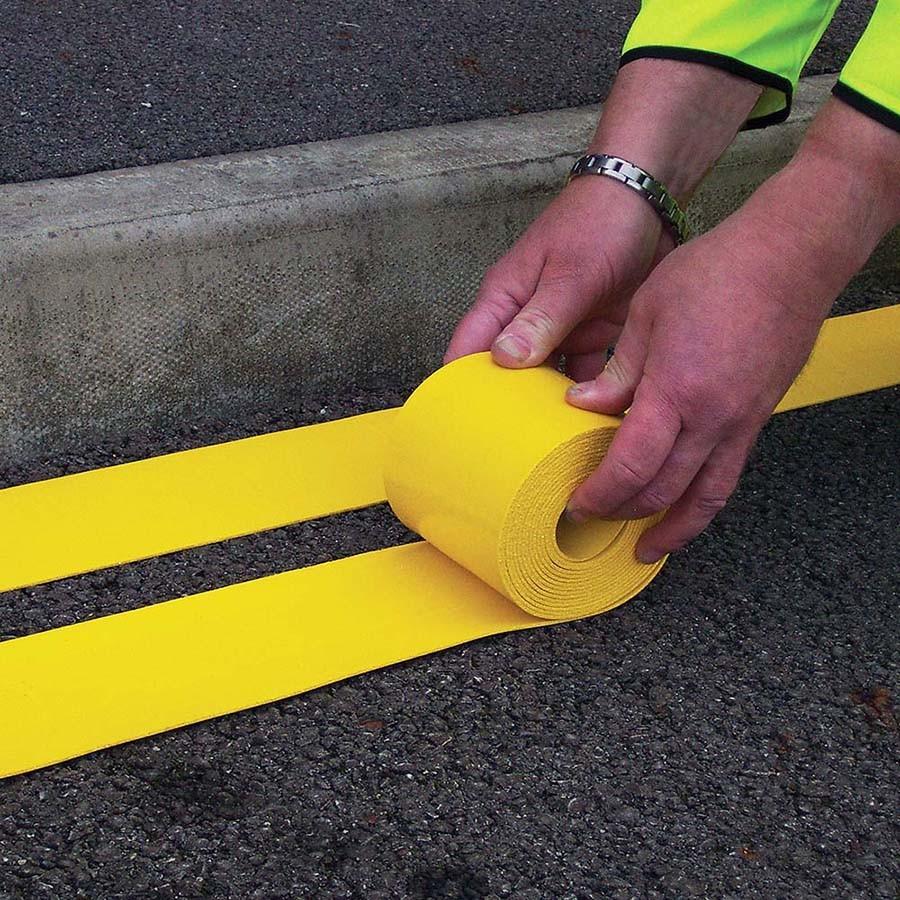 109_flexiline-rolls-thermoplastic-preformed-line-marker-linemarking-linemarker-carpark-road-cold-applied-diy-tough-road-marking-default_1_9