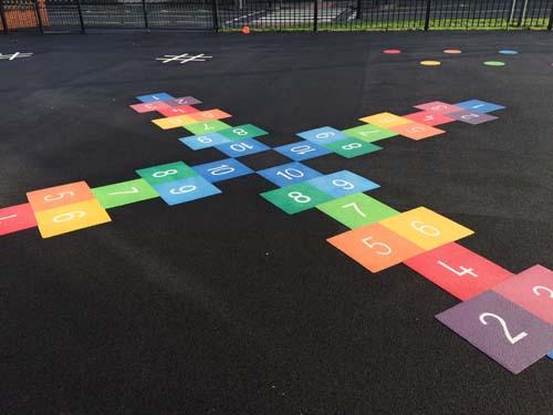 TMG001-4L-hopscotch-playground-marking